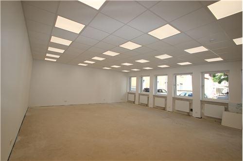 büro mieten 2 zimmer 140 m² püttlingen foto 1