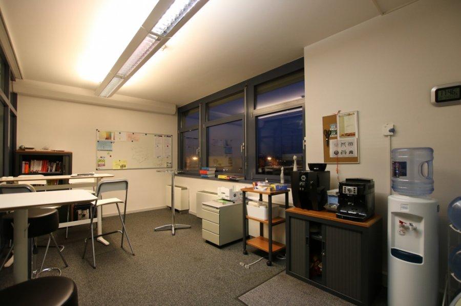 louer bureau 0 chambre 355.08 m² bertrange photo 7