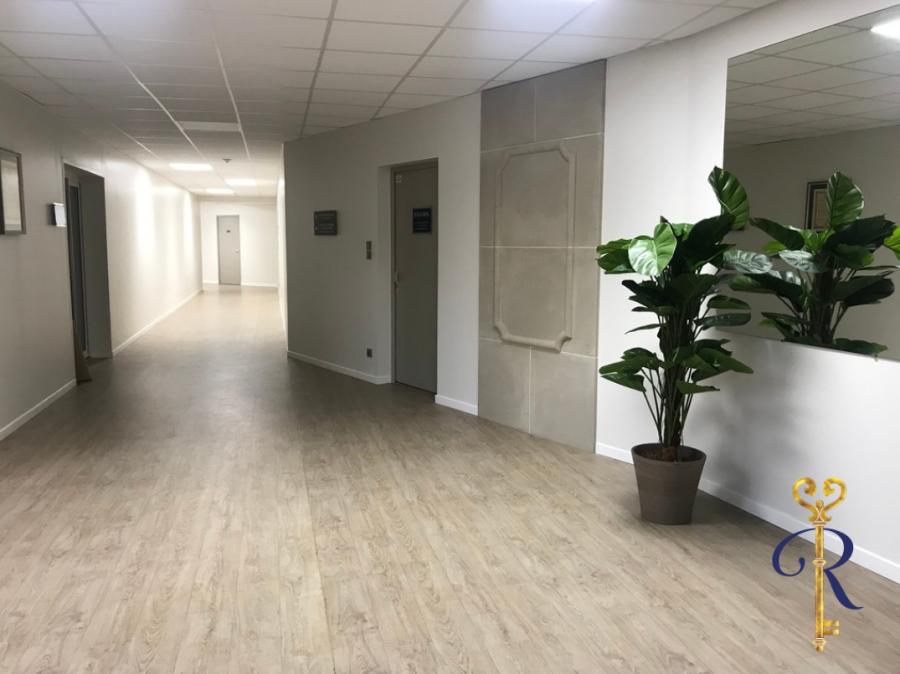 louer bureau 0 pièce 164 m² épinal photo 1