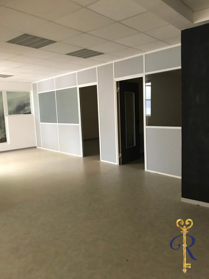 louer bureau 0 pièce 164 m² épinal photo 5