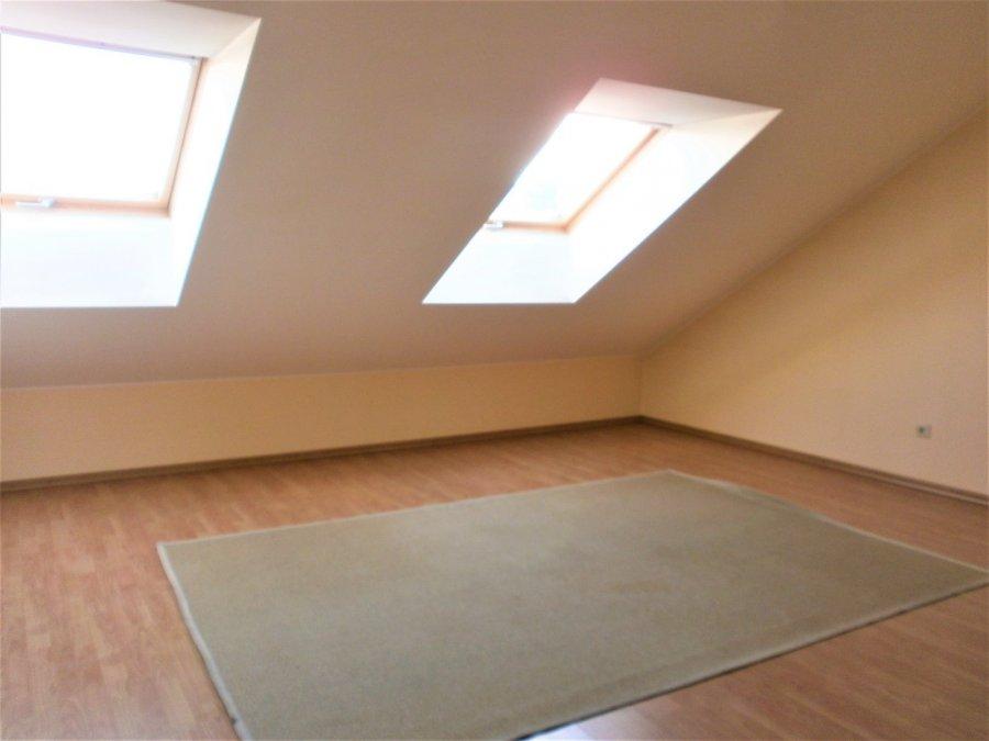 louer duplex 4 chambres 200 m² alzingen photo 4