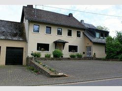 House for sale 12 rooms in Üttfeld - Ref. 6385297