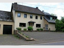 House for sale 6 bedrooms in Üttfeld - Ref. 6385297