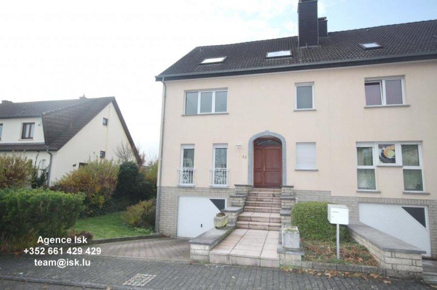 louer maison jumelée 4 chambres 250 m² strassen photo 4