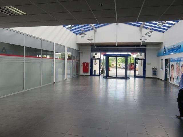 louer local commercial 0 chambre 277.55 m² mertert photo 7