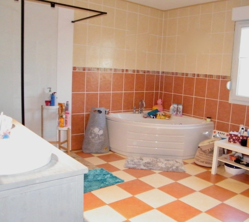 Maison à vendre F8 à Kerling-lès-Sierck
