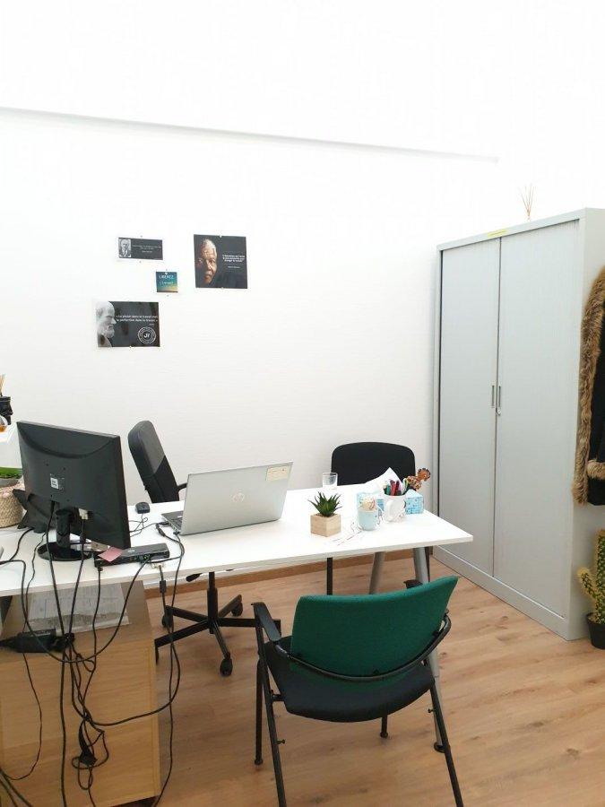 Bureau à louer 1 chambre à Foetz