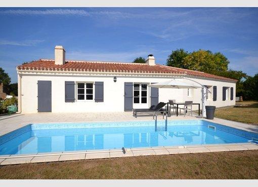 Vente maison 5 pi ces chantonnay vend e r f 5547457 for Maison de l emploi chantonnay