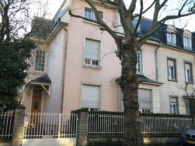 acheter maison de maître 7 chambres 295 m² esch-sur-alzette photo 1