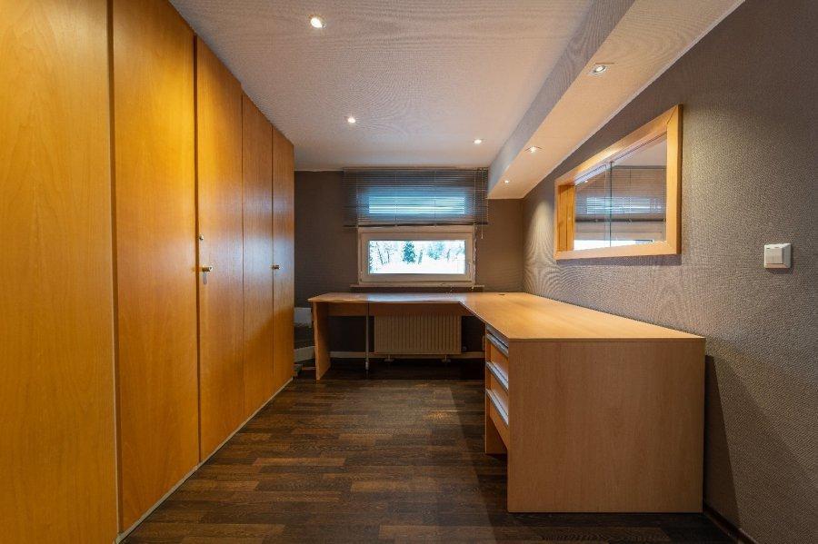 louer bureau 0 chambre 200 m² roodt-sur-syre photo 2