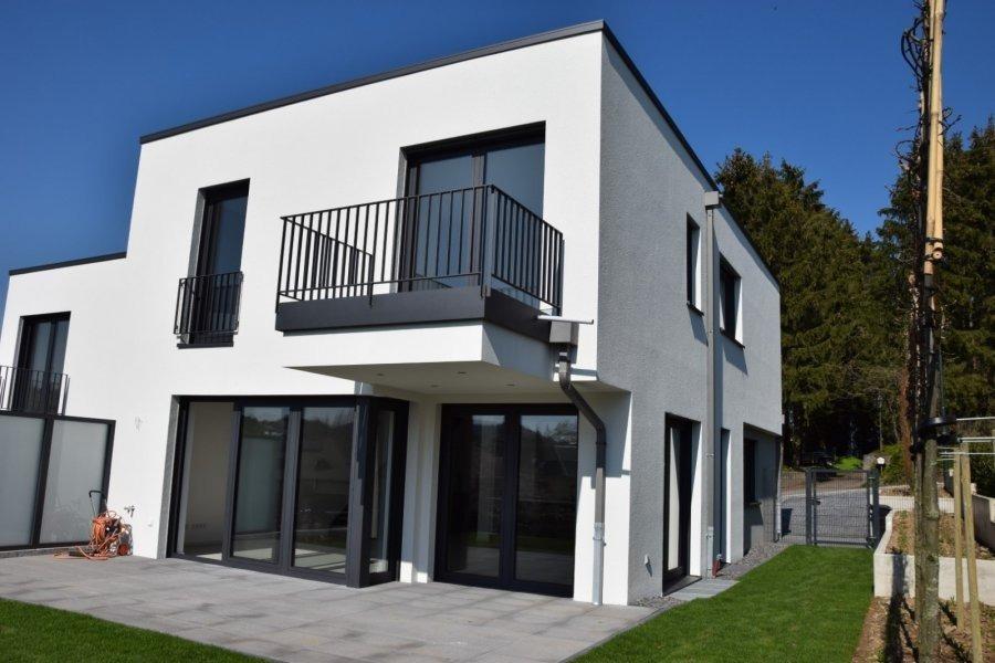 louer maison jumelée 4 chambres 200 m² gonderange photo 1