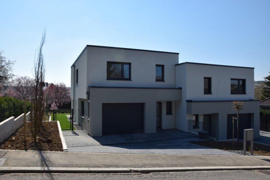 louer maison jumelée 4 chambres 200 m² gonderange photo 2
