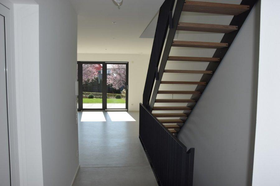 louer maison jumelée 4 chambres 200 m² gonderange photo 3