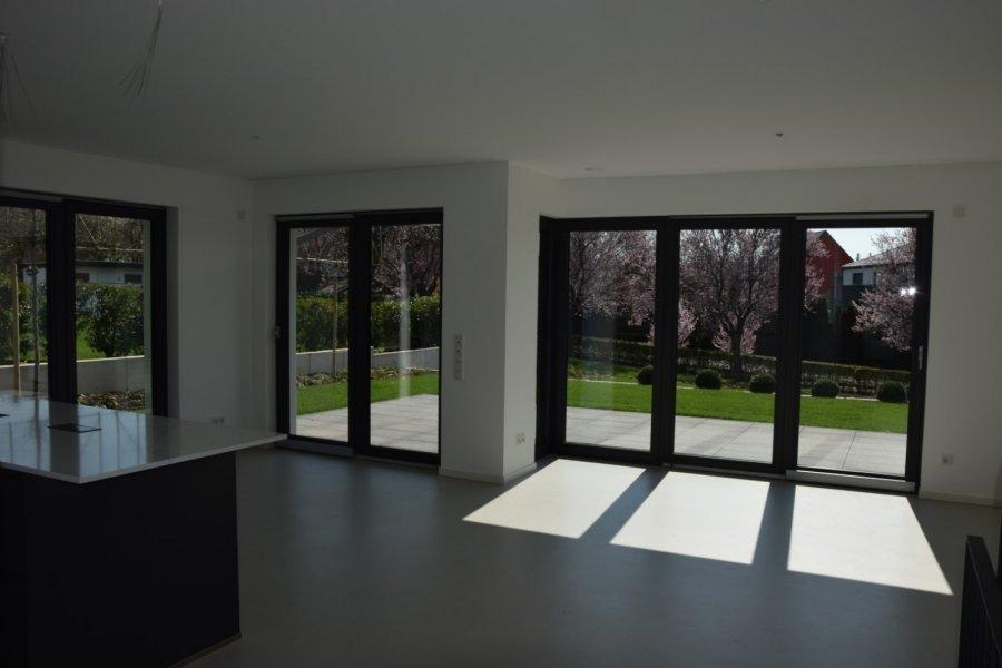 louer maison jumelée 4 chambres 200 m² gonderange photo 6