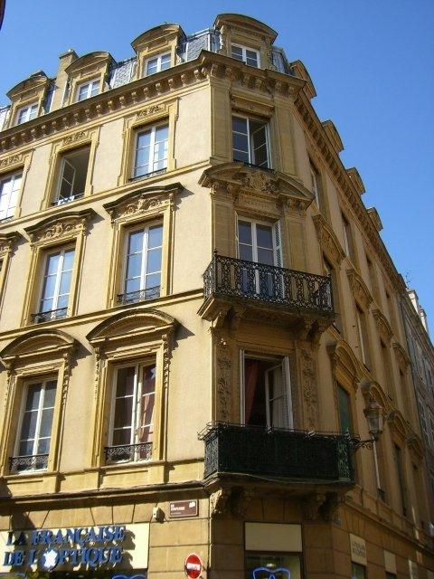 louer appartement 4 pièces 113.87 m² metz photo 1