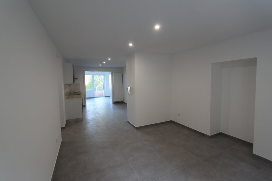 apartment for rent 2 bedrooms 72 m² leudelange photo 1