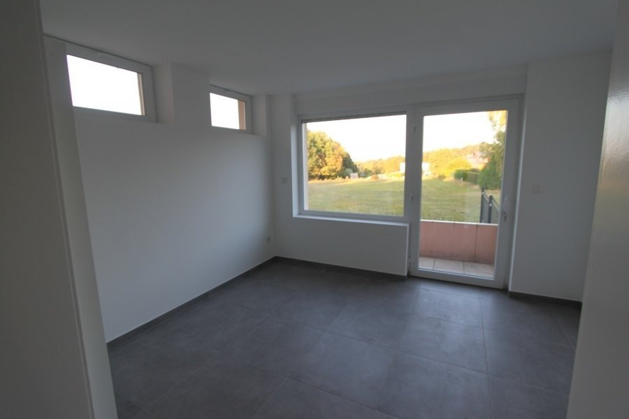 apartment for rent 2 bedrooms 72 m² leudelange photo 4