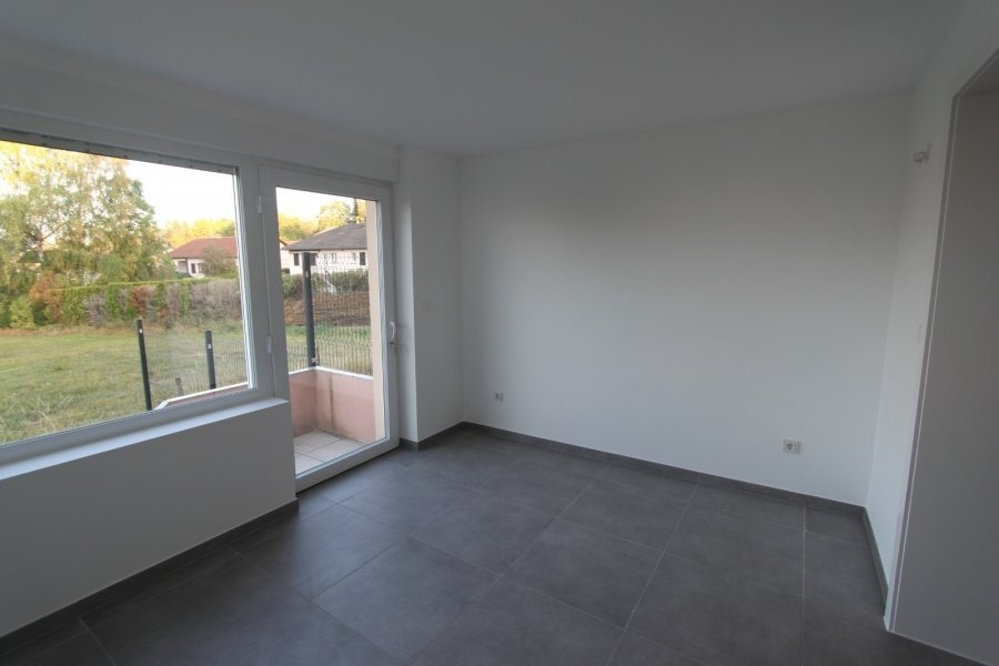 apartment for rent 2 bedrooms 72 m² leudelange photo 5