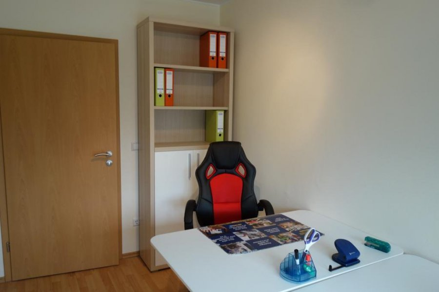 louer bureau 0 chambre 8 m² mamer photo 2