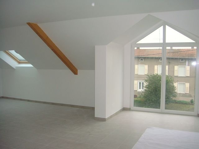 Appartement à louer F4 à Ibigny