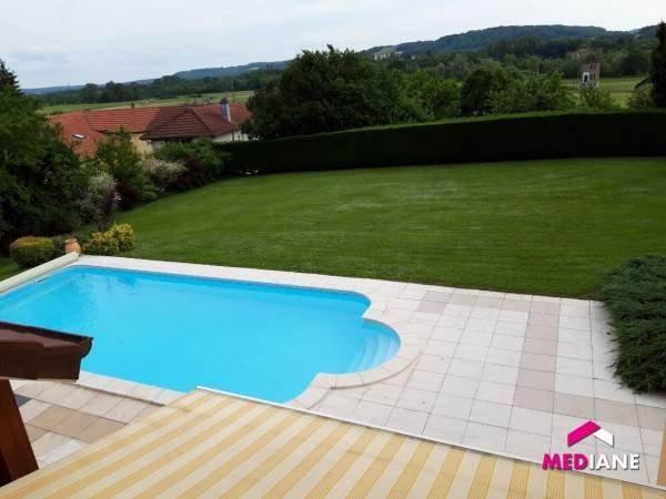 acheter maison 6 pièces 230 m² charmes photo 2