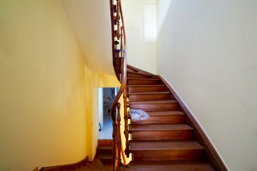 Maison mitoyenne à vendre 4 chambres à Esch-sur-Alzette