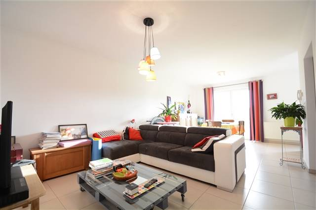 louer appartement 0 pièce 80 m² arlon photo 3