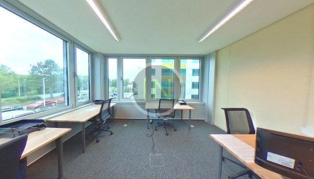 louer bureau 0 chambre 21 m² windhof photo 3