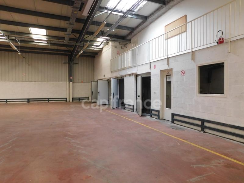 louer local commercial 1 pièce 1340 m² maxéville photo 1