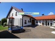 Haus zum Kauf 8 Zimmer in Bitburg - Ref. 6070322