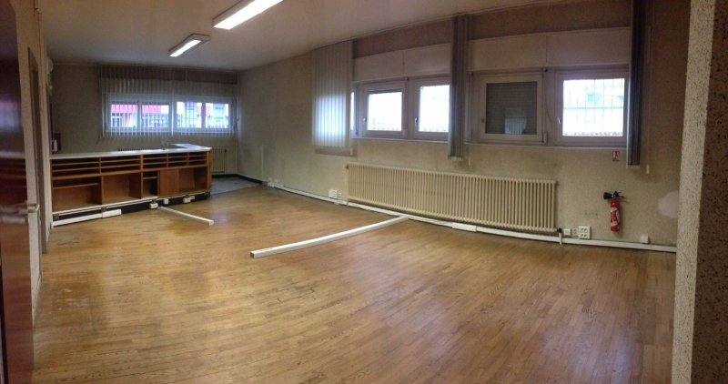 louer bureau 0 pièce 92 m² rémilly photo 1