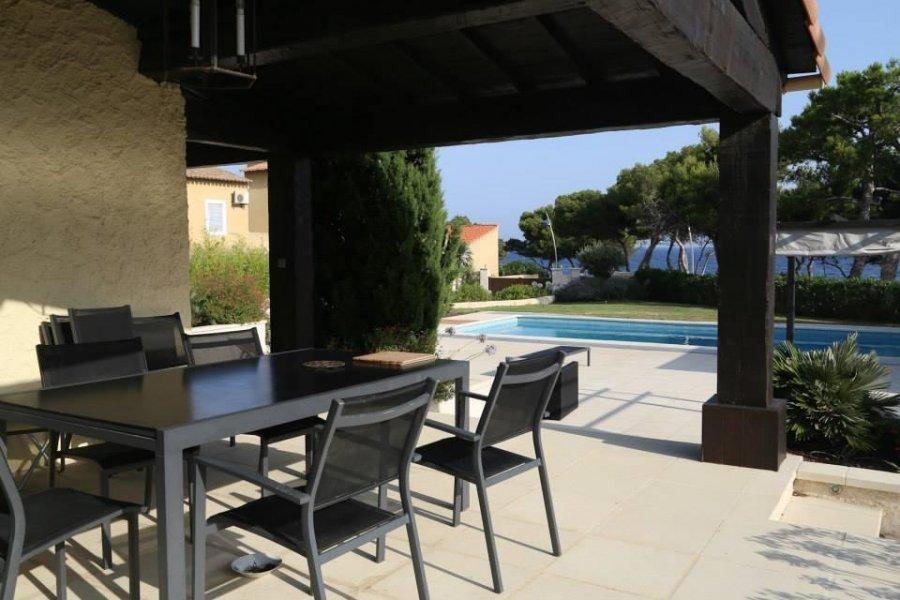 louer villa 0 pièce 0 m² sausset-les-pins photo 1