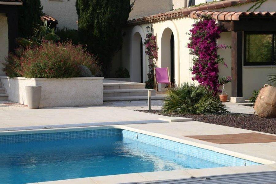louer villa 0 pièce 0 m² sausset-les-pins photo 2