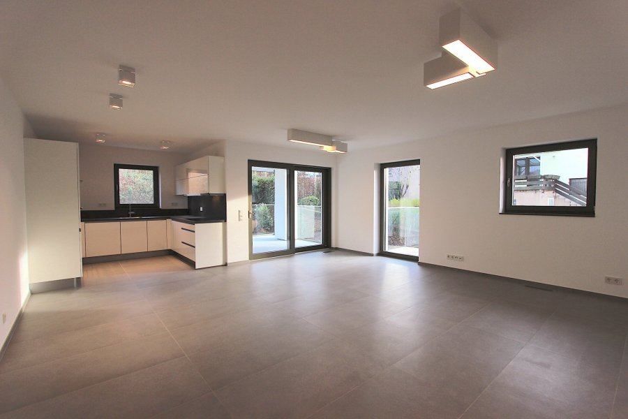 louer appartement 2 chambres 98 m² helmsange photo 3