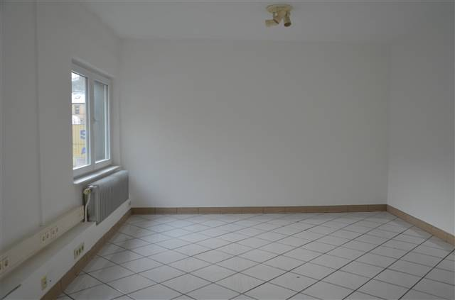 büro mieten 0 schlafzimmer 11 m² rombach-martelange foto 1