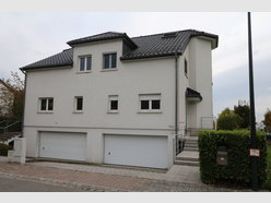 Semi-detached house for rent 4 bedrooms in Strassen - Ref. 6980674