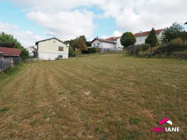 acheter terrain constructible 0 pièce 700 m² nomexy photo 1