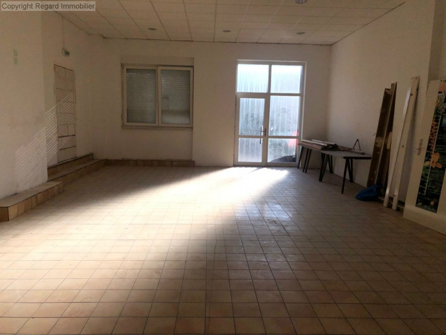 acheter local commercial 3 pièces 230 m² stiring-wendel photo 2