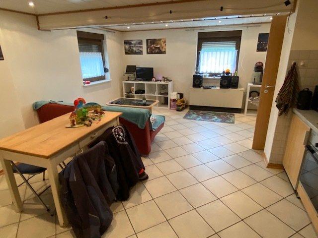 Doppelhaushälfte zu verkaufen 4 Schlafzimmer in Stupbach