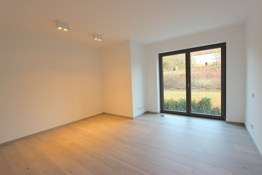 louer appartement 2 chambres 96.82 m² helmsange photo 4