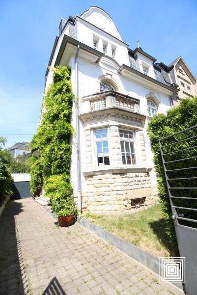 louer villa 5 chambres 220 m² luxembourg photo 1