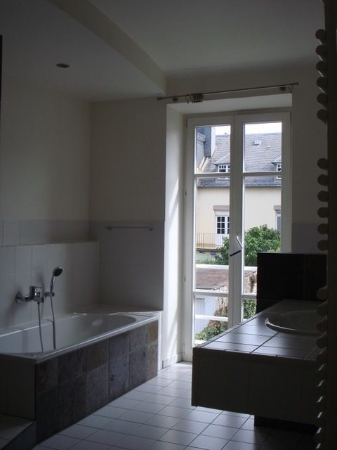 herrenhaus mieten luxembourg limpertsberg 172 m 4. Black Bedroom Furniture Sets. Home Design Ideas