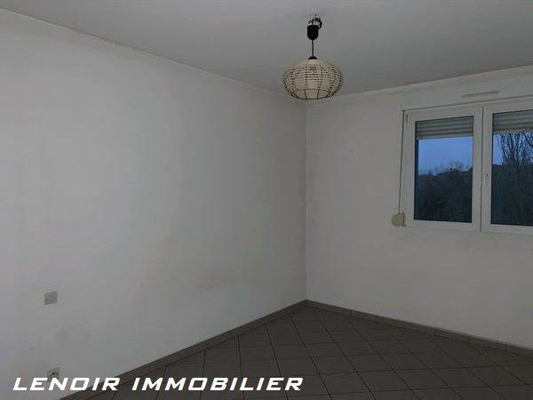 Appartement à louer 2 chambres à Rombas
