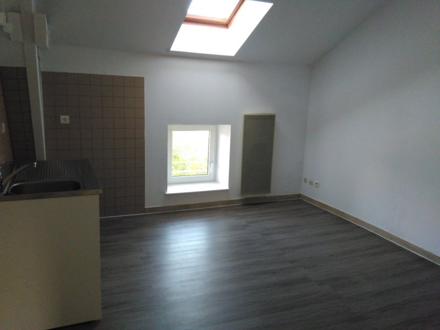 louer appartement 2 pièces 28 m² pont-à-mousson photo 2