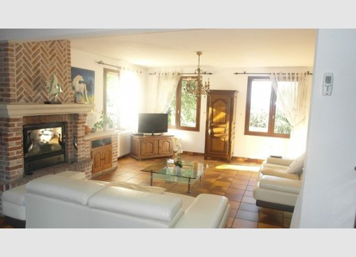 Vente maison 6 pi ces le quesnoy nord r f 4015746 for Garage brihaye le quesnoy