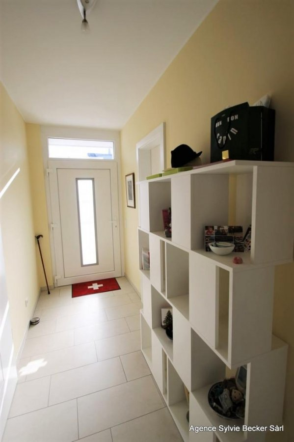 einfamilienhaus mieten 5 schlafzimmer 270 m² schouweiler foto 2