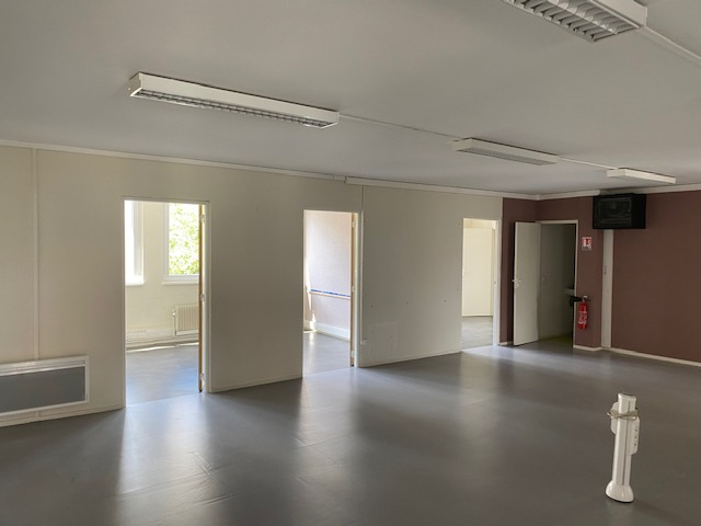 louer bureau 7 pièces 170 m² metz photo 4