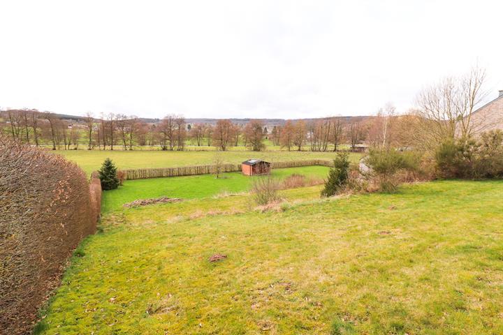 acheter terrain constructible 0 pièce 0 m² sainte-ode photo 2