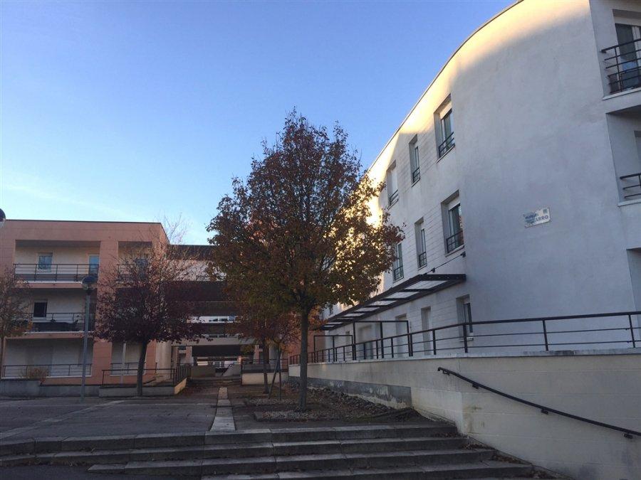 louer appartement 3 pièces 69 m² vandoeuvre-lès-nancy photo 1