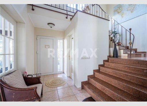 House for sale 5 bedrooms in Leudelange (LU) - Ref. 7169698